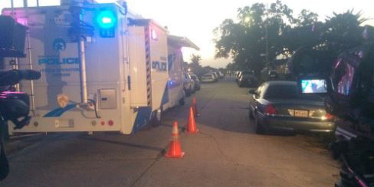 Update: Standoff with barricaded gunman in New Orleans East has ended