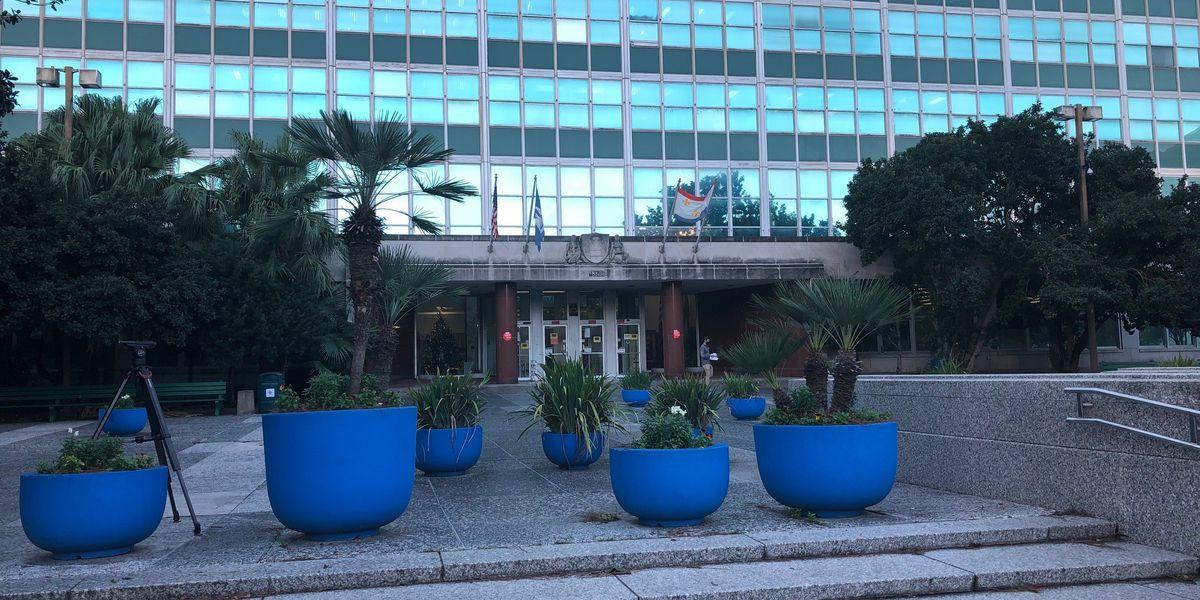 New Orleanians await new round of stimulus help