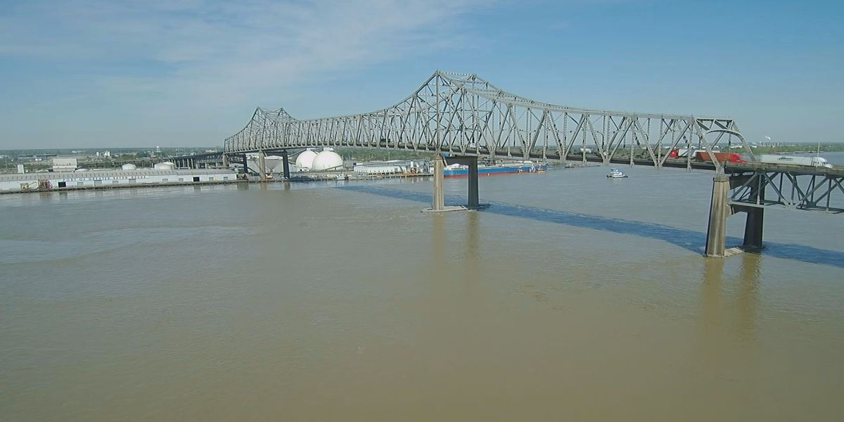 Miss  River forecasts likely won't lead to opening of