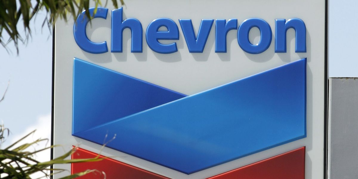 Chevron set to give 8,000 gallons of gas and $15,000 in gas gift cards to relief efforts