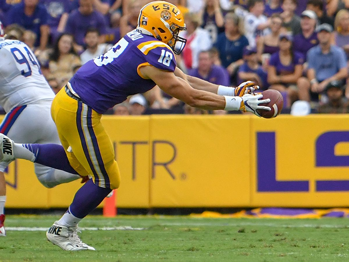 NFL DRAFT: LSU TE Foster Moreau taken No. 137 by the Oakland Raiders