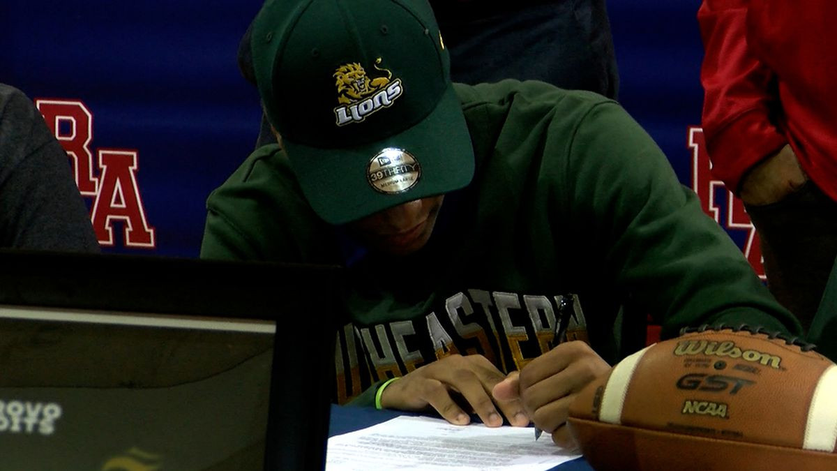 Riverside QB Gage Larvadain signs with Southeastern for football but will play basketball also
