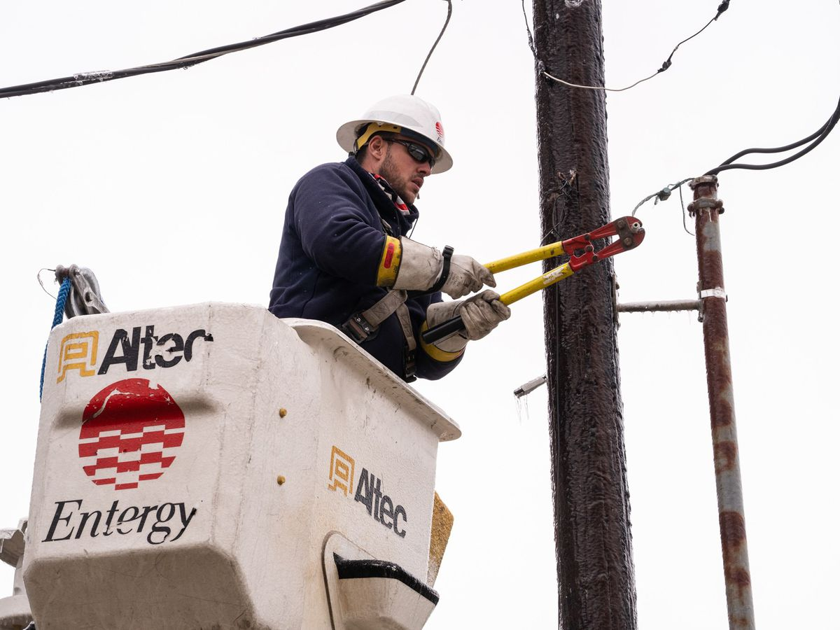 LPSC sues Entergy for $360 million in damages