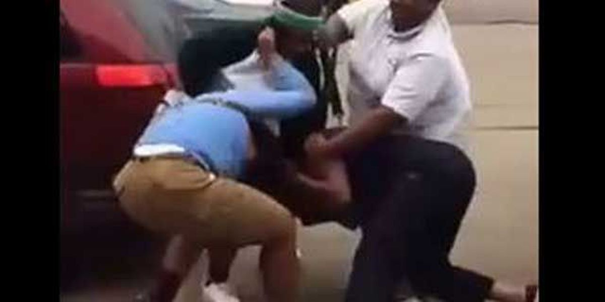 Graphic video shows alleged bleach attack, brawl outside Milan convenience store