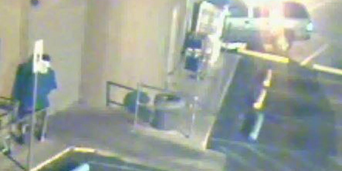 Surveillance video shows attempted burglary of Gentilly market