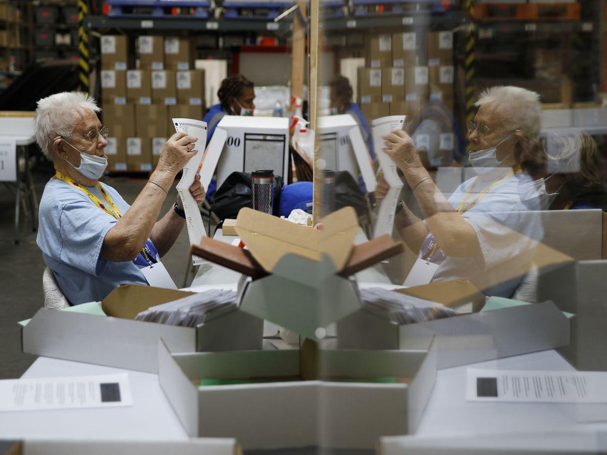 Trump slams passage of Nevada bill to mail voters ballots