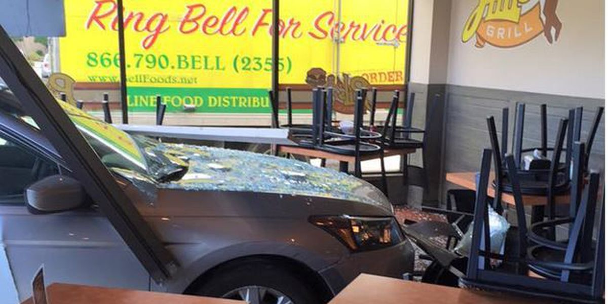 car doc metairie	  Car crashes through front of Metairie burger joint
