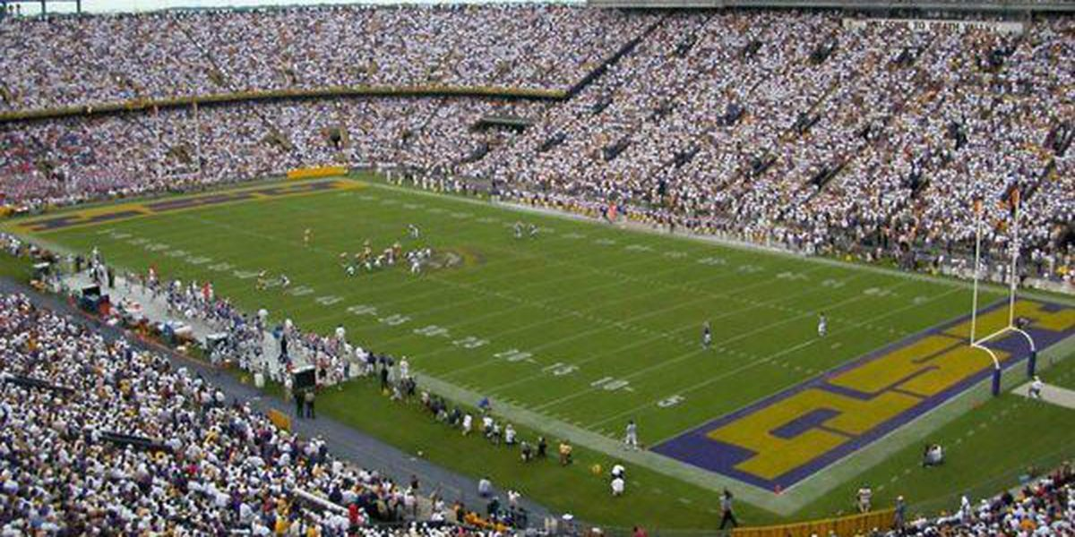 LSU bathes Tiger Stadium in blue to honor fallen officers