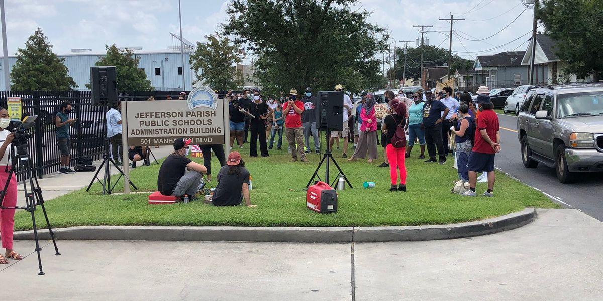 Jefferson Parish teachers rally against August 12 school reopening