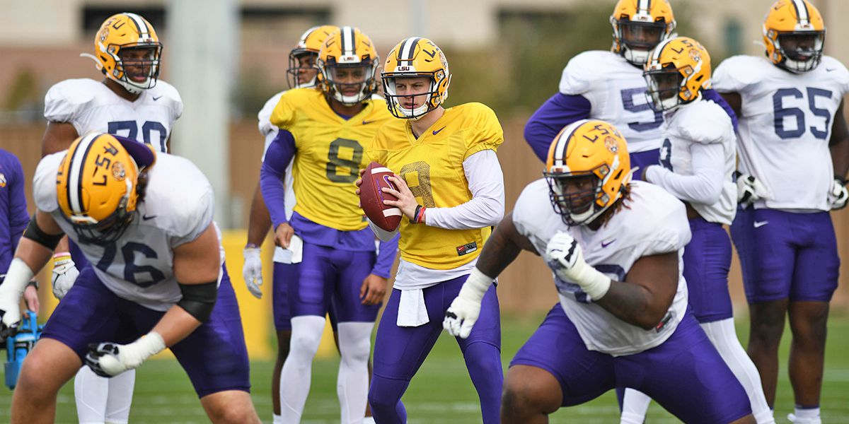 LSU heads outdoors for practice days before CFP National Championship