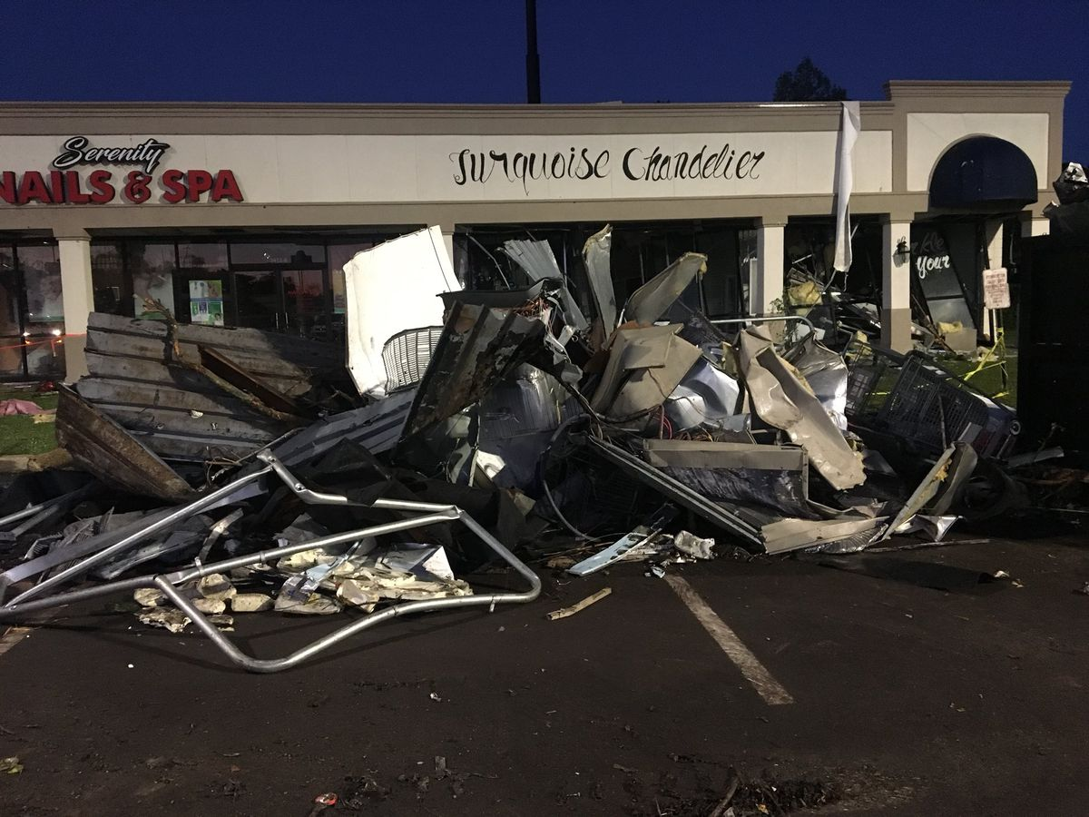 tornadoes touched up after down continue 19 Clean efforts