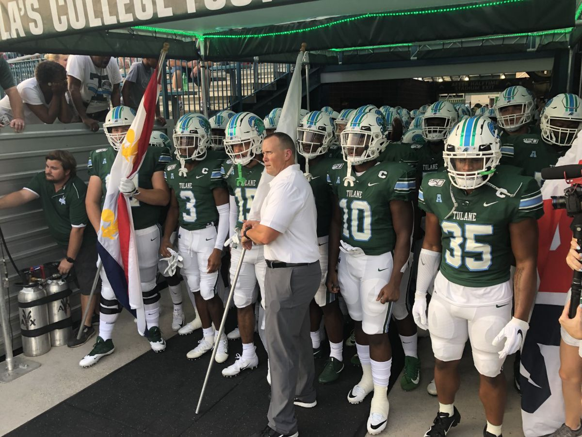 buy online 8fd9f aa479 Tulane crushes FIU to win their opener, 42-14