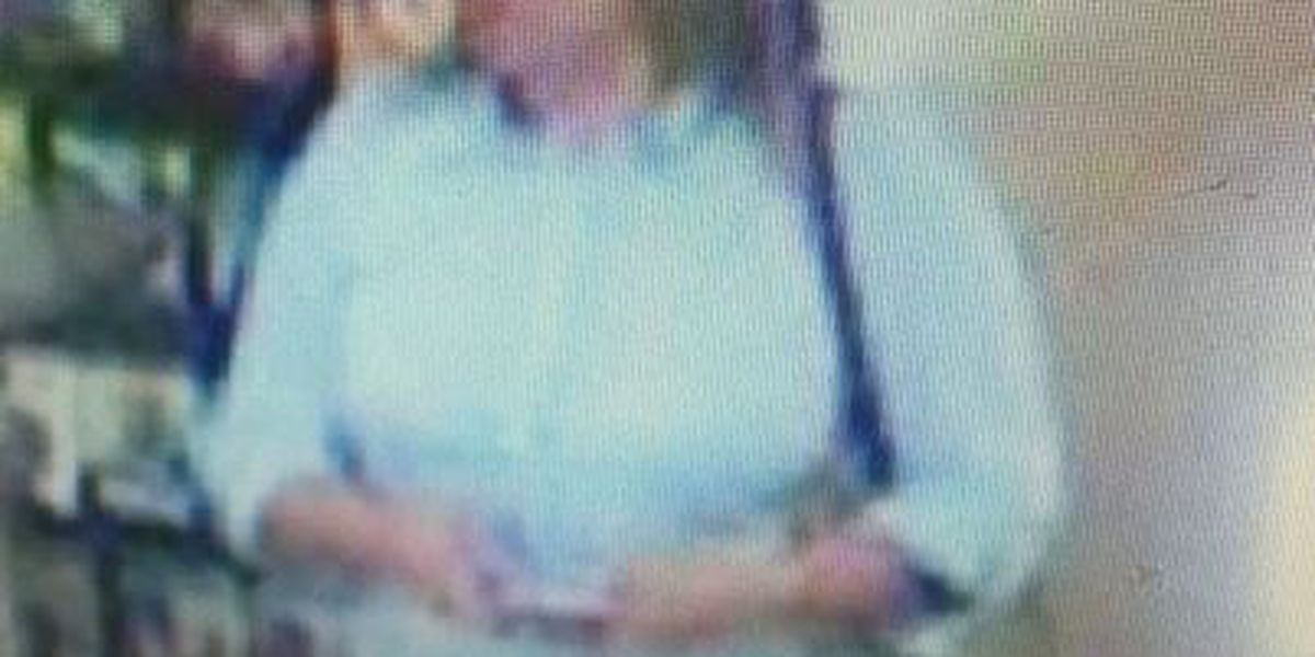 Police seek 2 women wanted for stealing from elderly woman in Covington