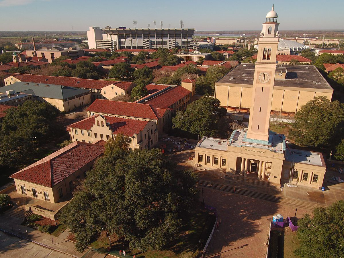 4 arrested after armed robbery on LSU campus; 1 wanted