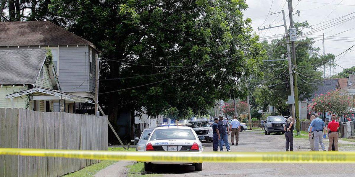 Coroner identifies man shot dead on Leonidas front porch