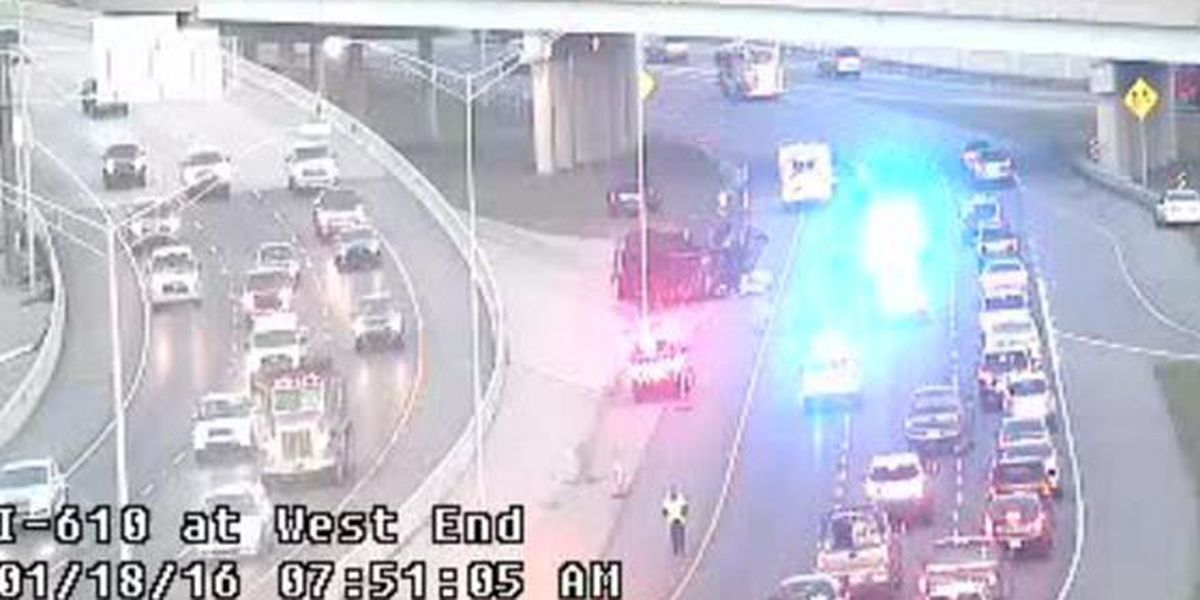 Overturned vehicle shuts one left lane of I-10 westbound at the 610 merge