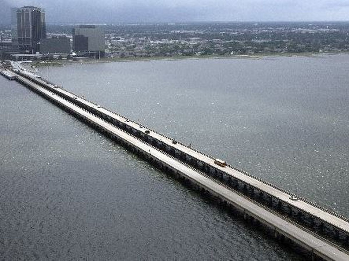FIRST ALERT TRAFFIC: Southbound Causeway closed due to accident