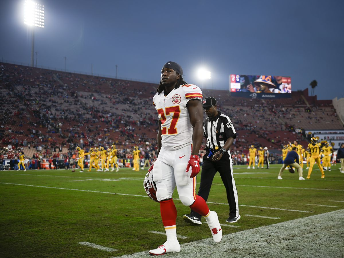 Cleveland Browns running back Kareem Hunt accepts 8-game suspension for multiple physical altercations