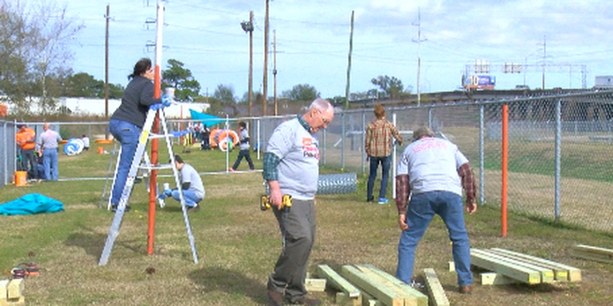 Volunteers renovate Jefferson Parish Eastbank shelter