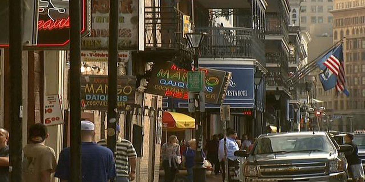 2 armed robberies reported in the French Quarter minutes apart