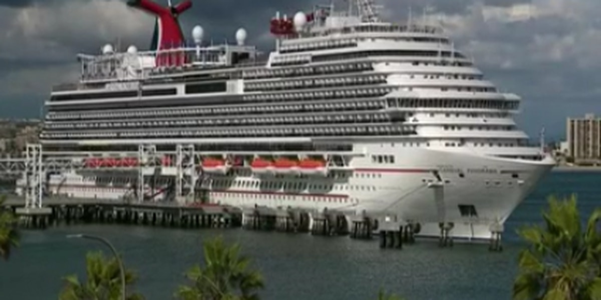 Major cruise lines postpone sailing until fall