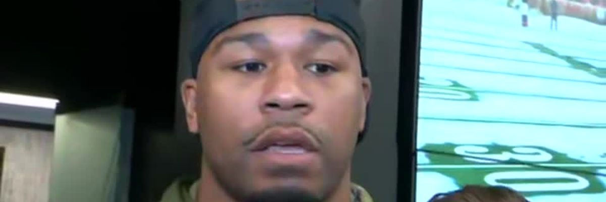 """Linebacker Craig Robertson """"I want to be back. There's some unfinished business."""""""