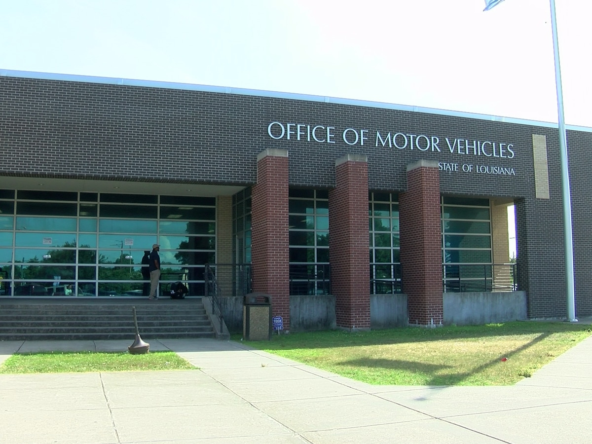 UPDATE: Office of Motor Vehicle locations will not open Tuesday after all