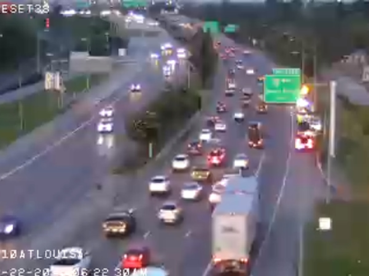 TRAFFIC ALERT: Crash closes two lanes on westbound side of Highrise