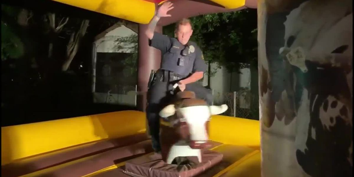 Officer responds to loud party in Texas, rides mechanical bull