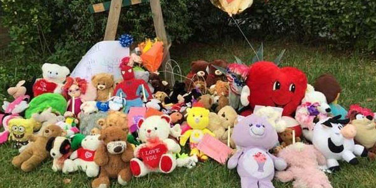 Across the street from devastating fire, Broadmoor school reopens