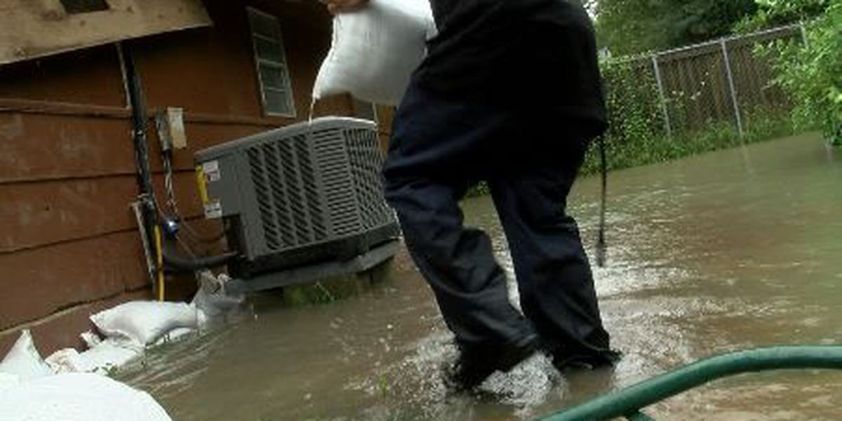 Heavy rain and drainage problems cause house flooding in St. Charles