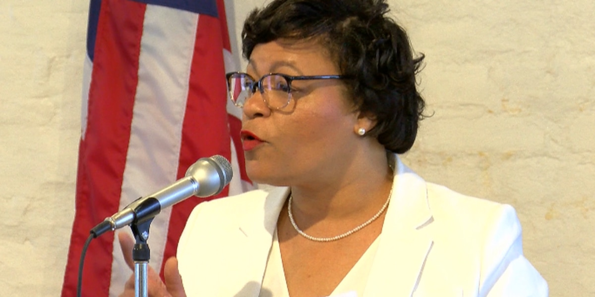 Mayor LaToya Cantrell headed to Hawaii with family for mayors conference