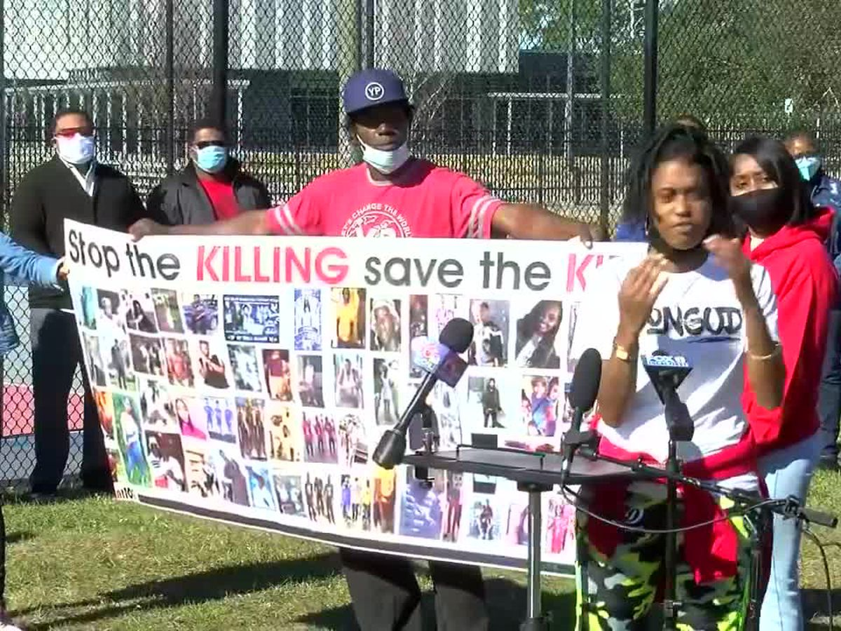 New Orleans East community gathers to bring attention to the violent crime happening around them