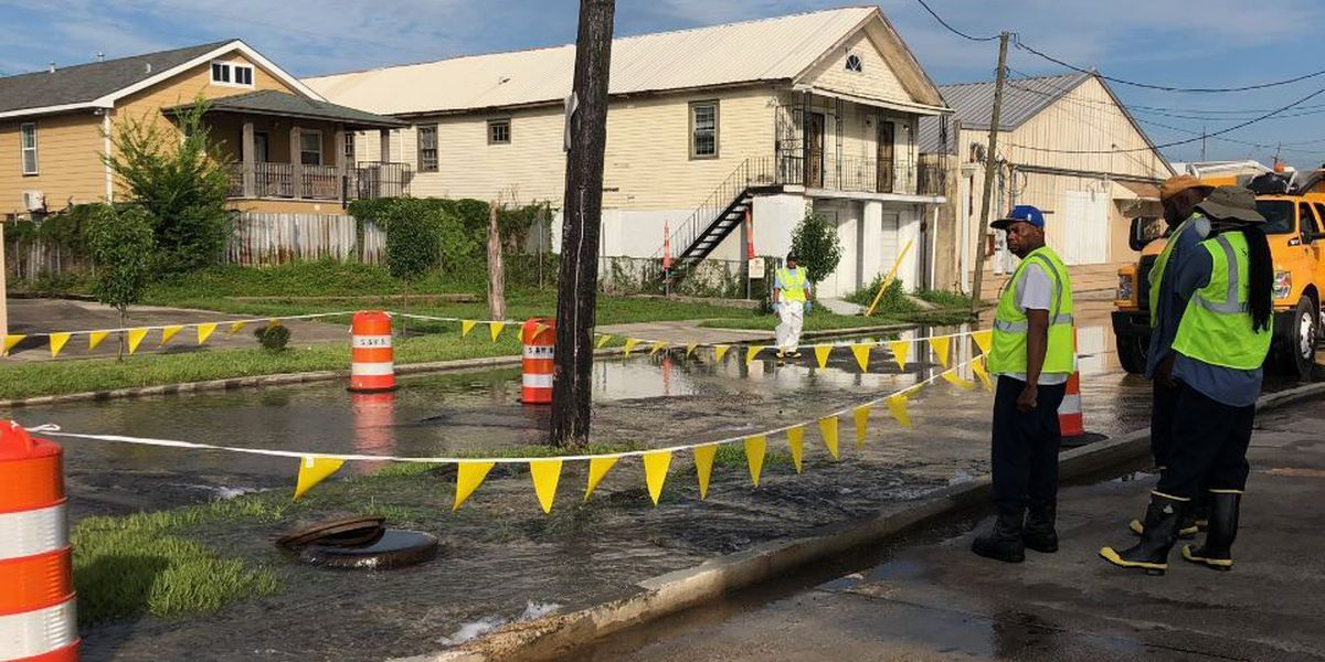Officials respond to water leak at Toulouse and North Broad