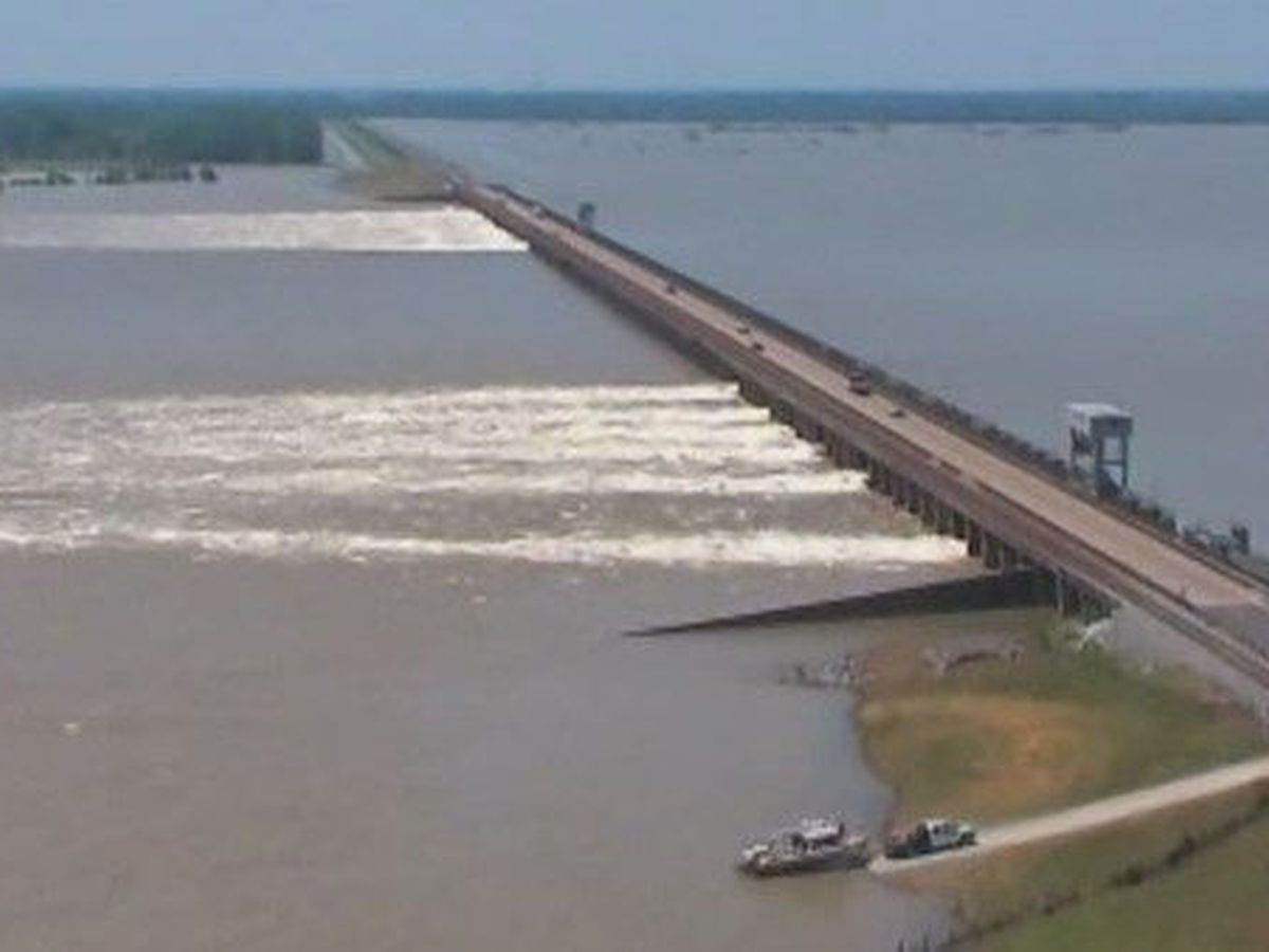 Southeast Louisiana levee leaders hail first Morganza to Gulf funds