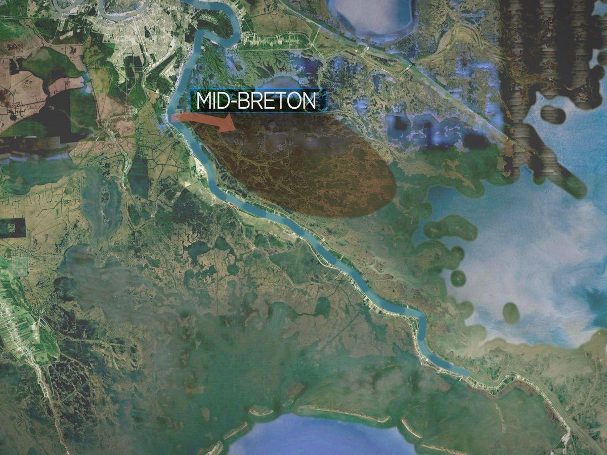 State plans for river diversions spark a 'mud fight' over coastal restoration