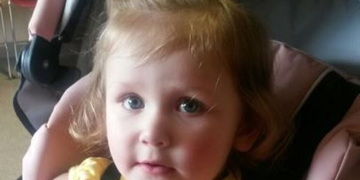 Mother says she warned DCFS of her toddler's suspected abuse