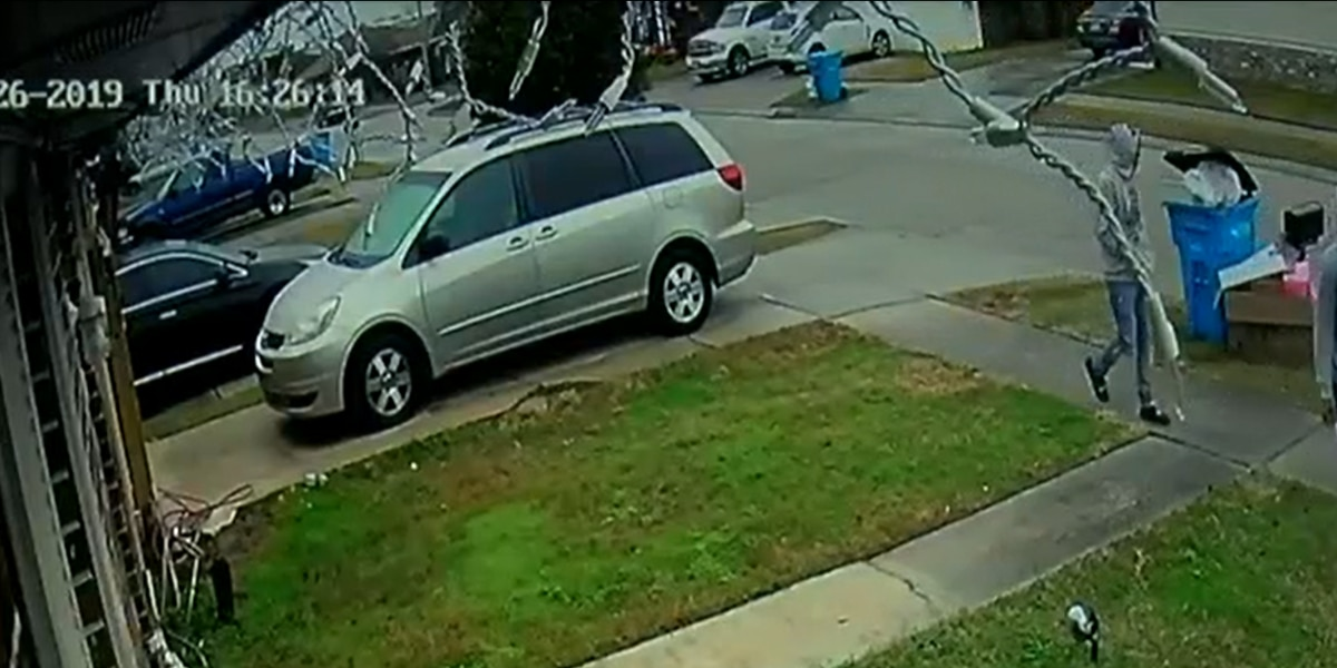 Video shows pregnant woman running after carjacking suspect in Chalmette