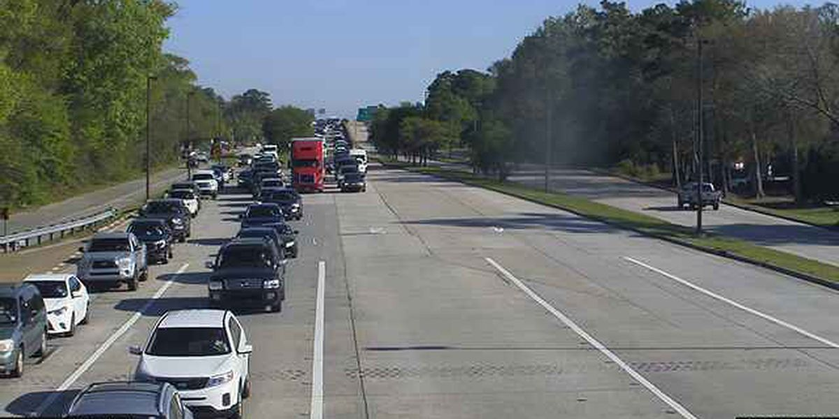 Southbound side of Causeway Bridge open after accident