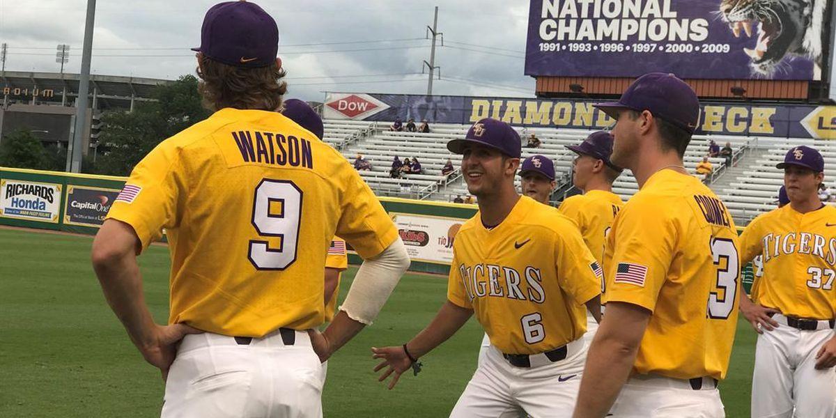 LSU freshmen power Tigers into Super Regional