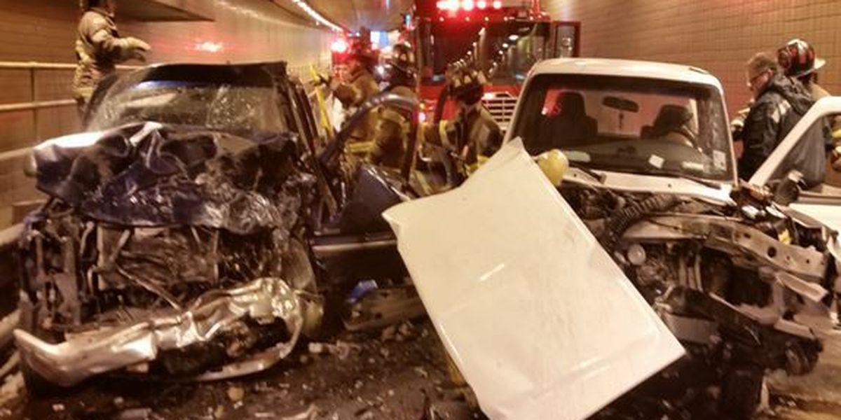 Drivers injured in head-on crash in Houma Tunnel