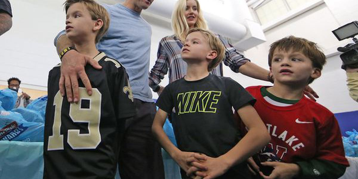 Section 642: Weather doesn't bother the Brees boys ... WATCH!