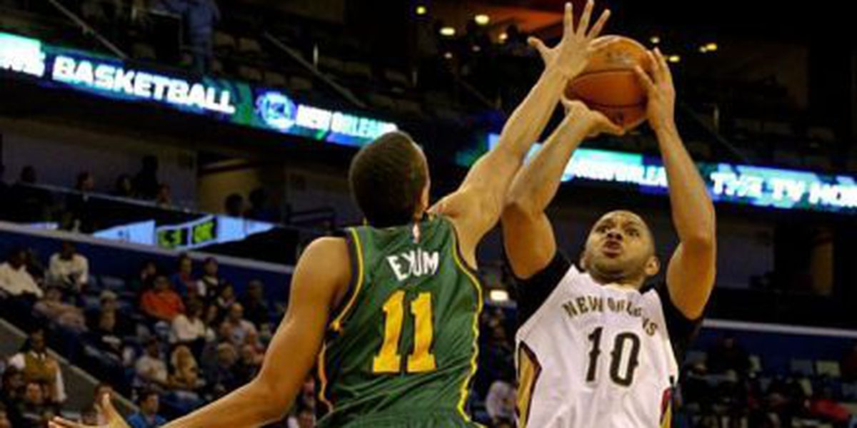 Eric Gordon out 4-to-6 weeks after injuring shooting hand