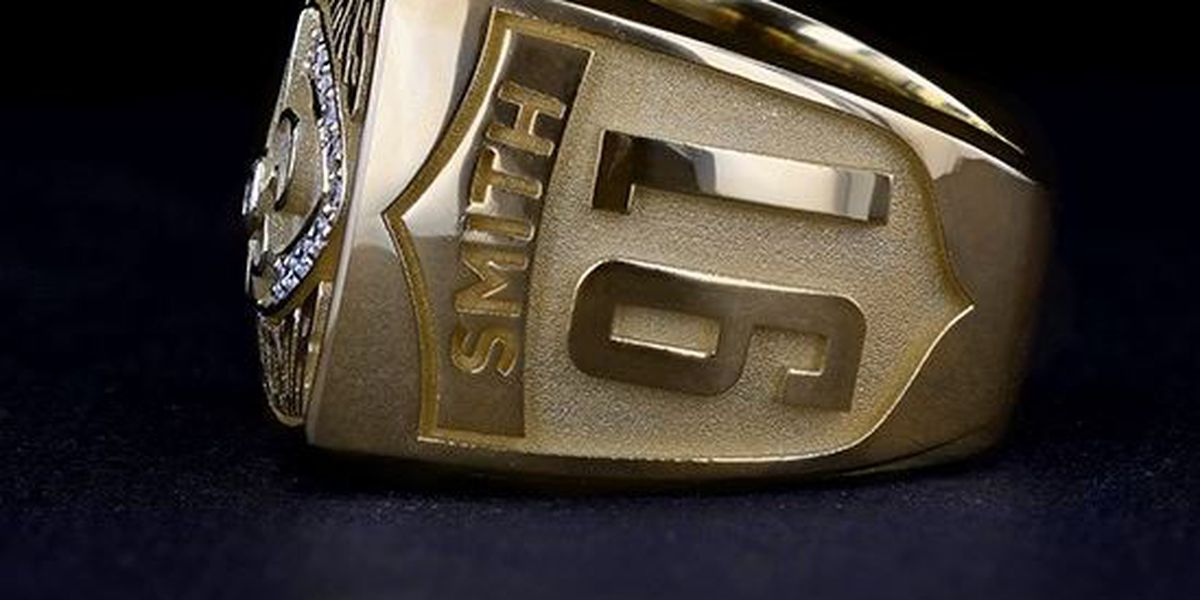 Will Smith inducted into Saints Ring of Honor