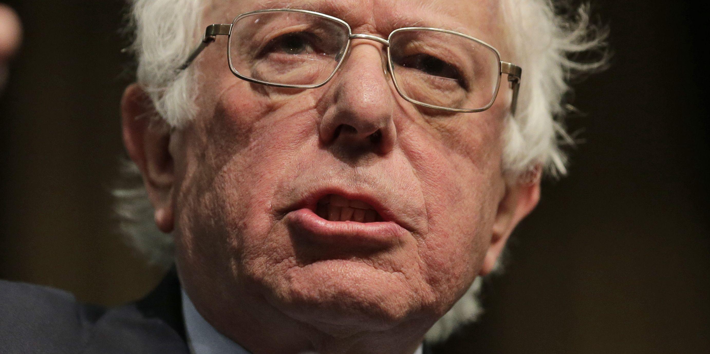Bernie Sanders quiets critics, becomes a 2020 front-runner