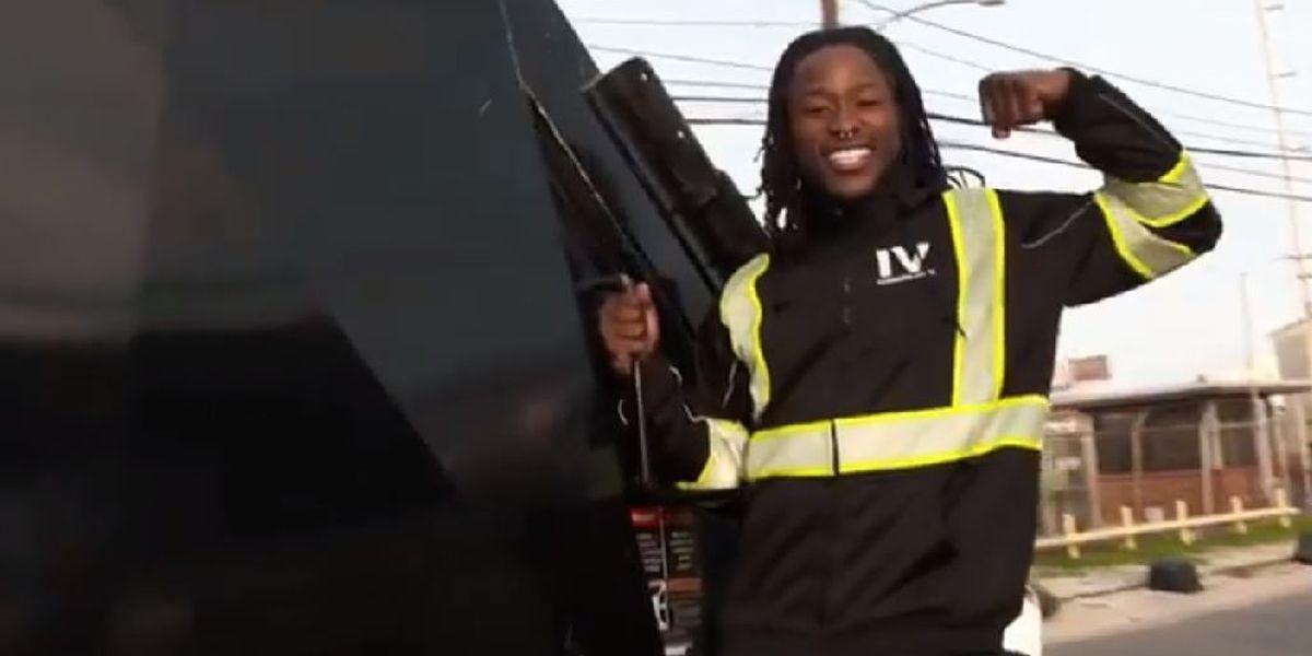 Alvin Kamara, the garbage man?