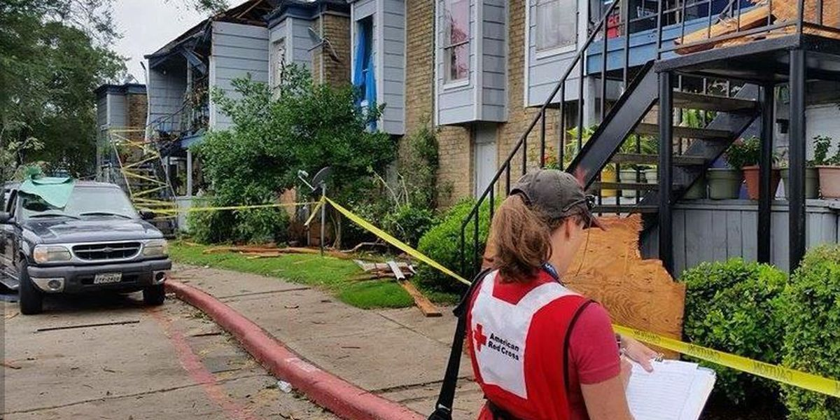 Louisiana volunteers assist with Texas flooding relief