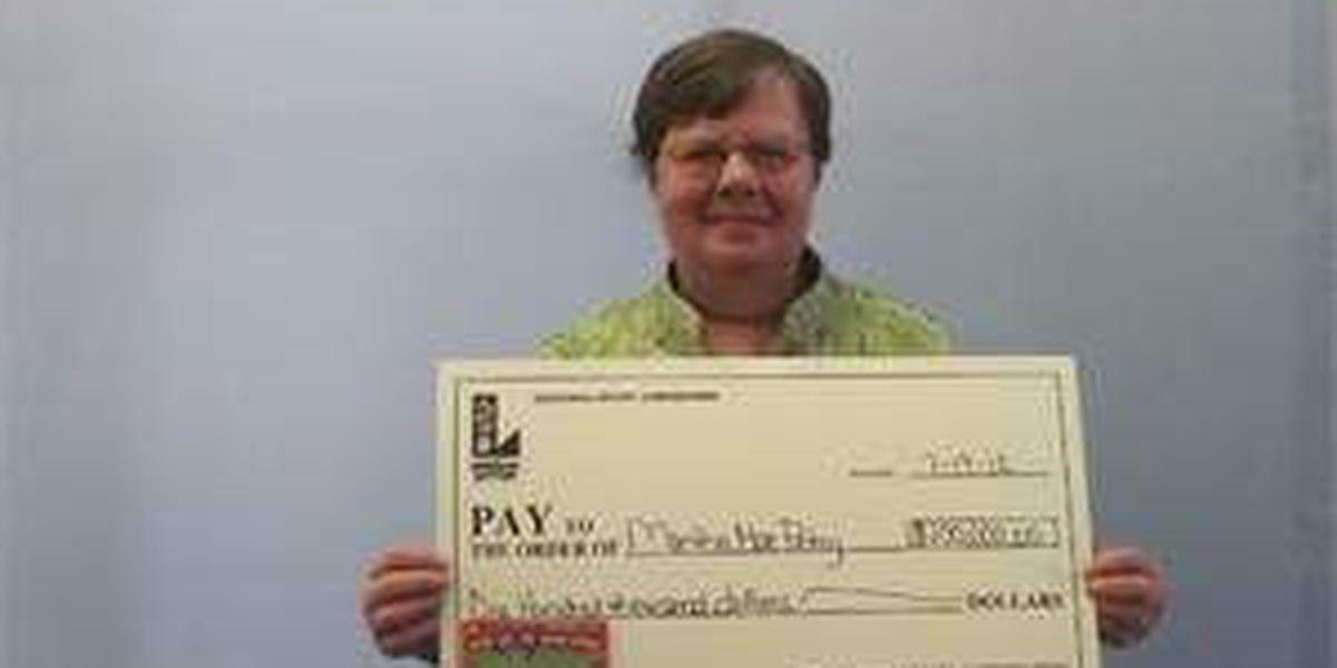 Lafayette woman wins $100K on lottery scratch-off