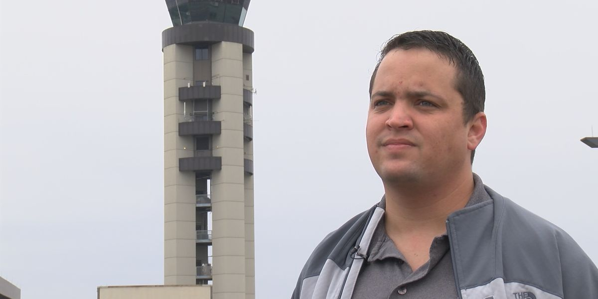Local air traffic controllers feel the impact of the government shutdown