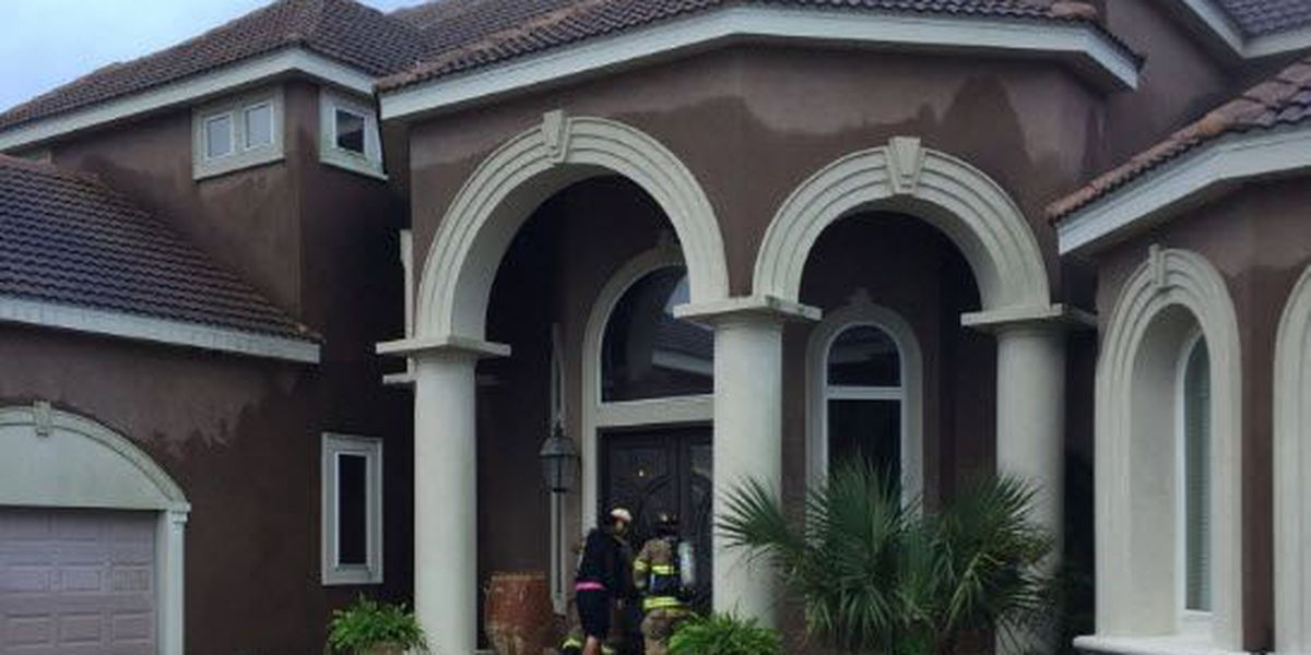 Lightning strike sparks fire that damages Slidell house